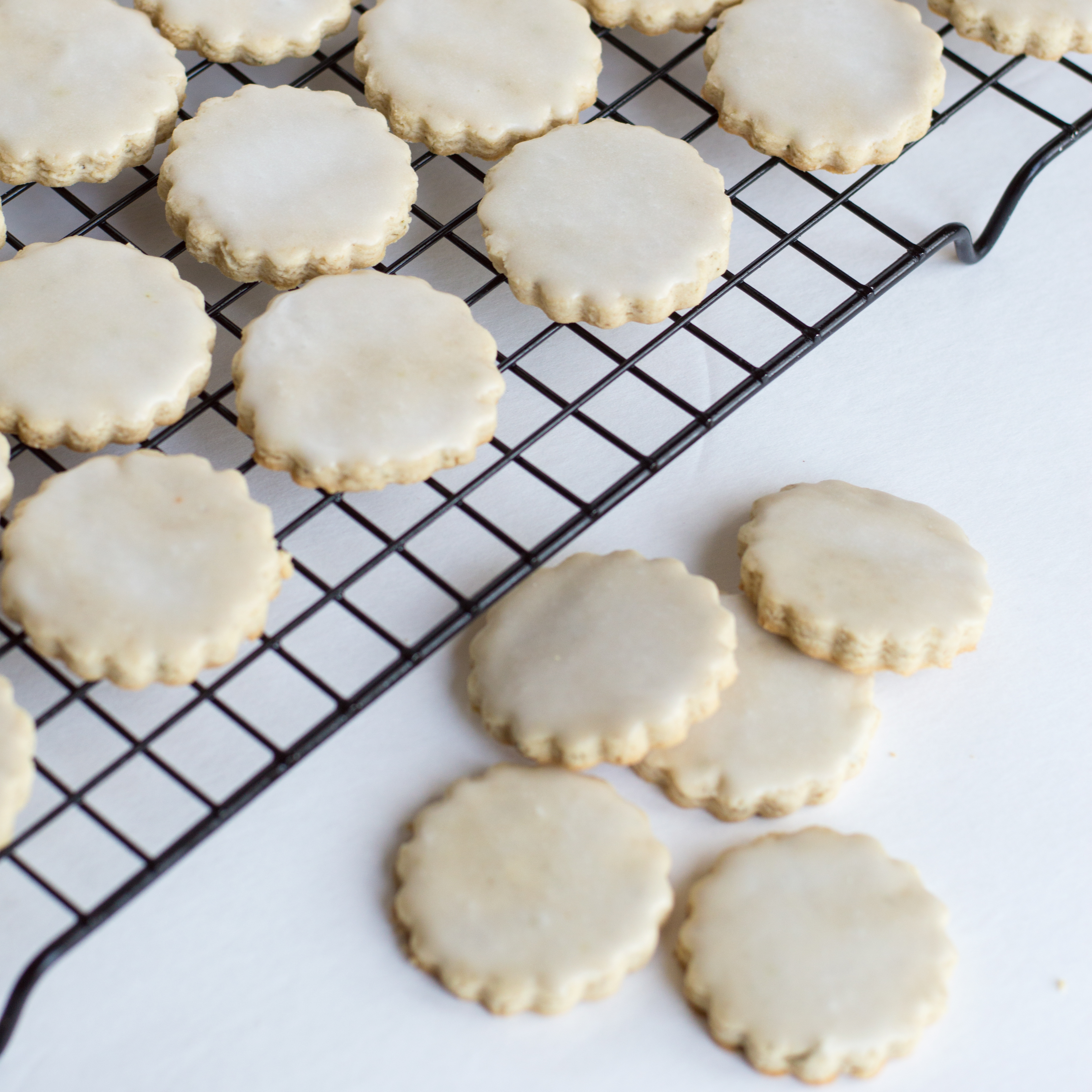 Honey and Rosemary Shortbread Cookies - Write Styles