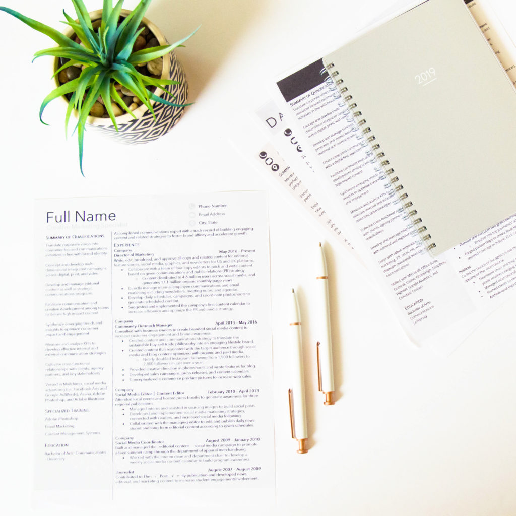 Three Signs It S Time To Hire A Professional Resume Writer